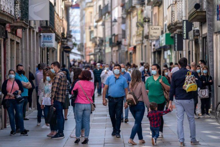 Read more about the article Em atualização COVID-19: Portugal sem óbitos nas últimas 24 horas e mais 196 casos. R(t) sobe, incidência desce