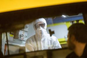 Read more about the article As recomendações dos especialistas para deter a COVID-19 e preparar a resposta à próxima pandemia
