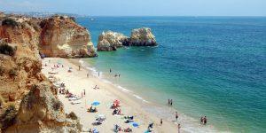 Read more about the article Britânicos de volta com milhões para gastar no turismo português