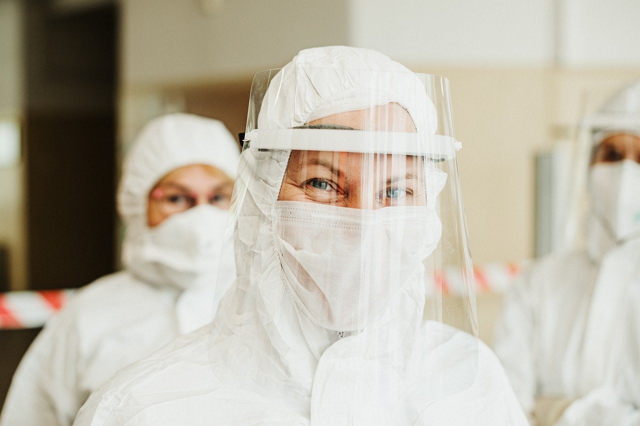 protective suit, face mask, face shield-5716753.jpg