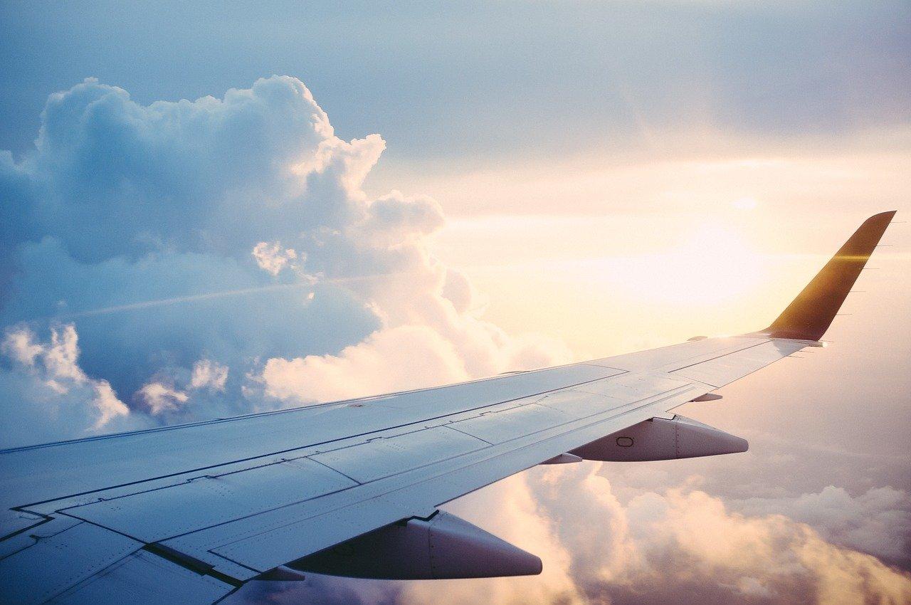 plane, wing, flight-841441.jpg